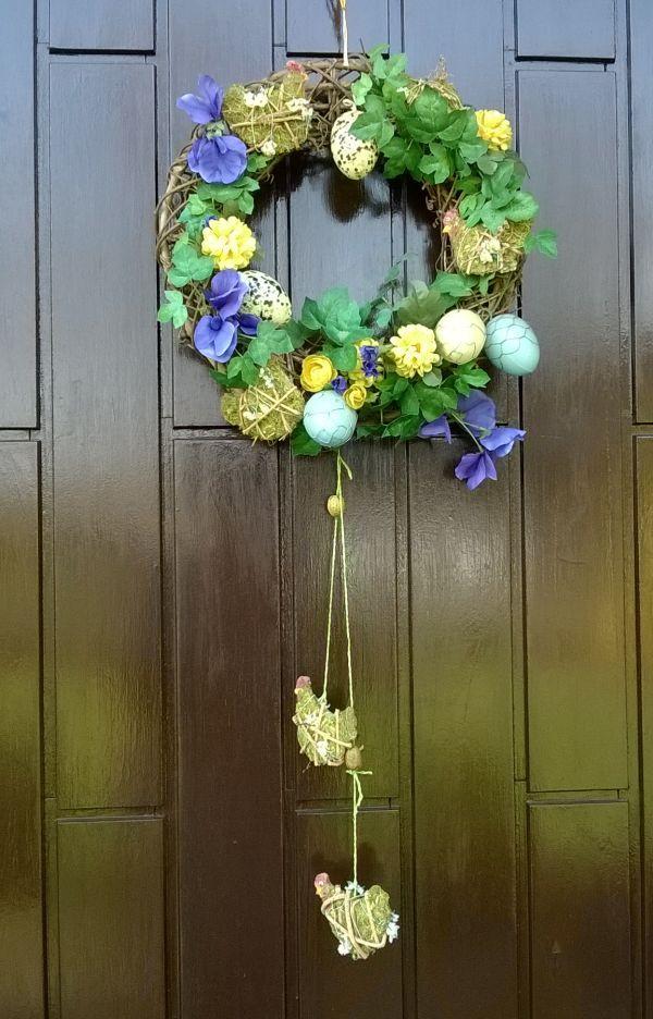 Pasen wordt in Duitsland veel uitgebreider gevierd dan in Nederland. #pasen #paaskrans #feestdagen #armandenet