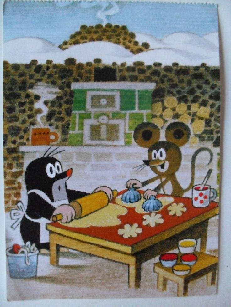 (2015-02) Muldvarpen og musen er ved at lave blomsterkager