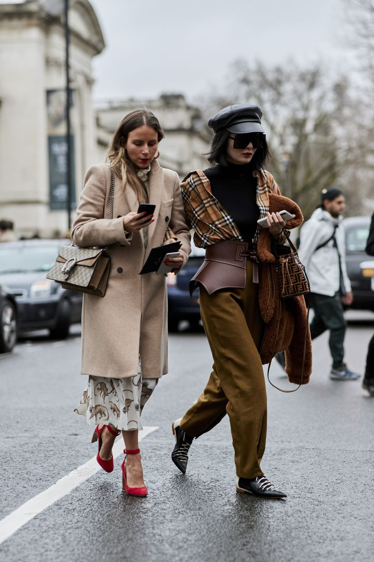 Best 25 street style london ideas on pinterest street for Capital noholita