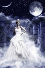 Resultado de imagen de selene diosa luna mitologia griega