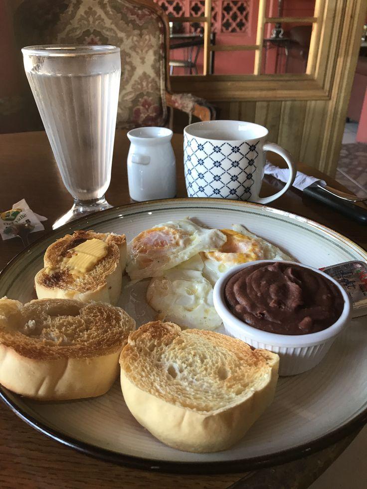 A typical #breakfast in #costarica from Kafe de la Casa in San Isidro del General #perezzeledon