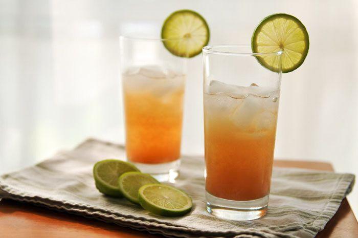 Tamarind drink  http://www.rachelcooksthai.com/home/2011/07/tamarind-drink.htmlDesi Drinks, Nonboozi Drinks, Tamarind Drinks, Beach Drinks, Non Boozy Drinks