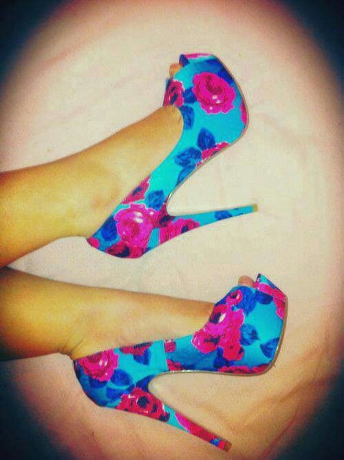 Not a big fan of flowery things but these shoes are gorge(: