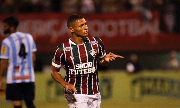 Palmeiras negocia a contratação do atacante Richarlison, do Fluminense