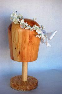 Diadema de florecitas blancas Luisa Gala
