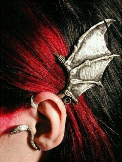 Not technically a piercing, but hnnnnggggg it's so beautiful.