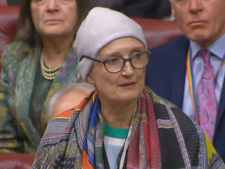A packed House of Lords stood and applauded after former cabinet minister Tessa Jowell made one of the most emotional speeches heard in parliament for many years about her battle against brain cancer.