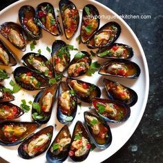 My Portuguese Kitchen: Mussels in Red Pepper & Lemon Vinaigrette