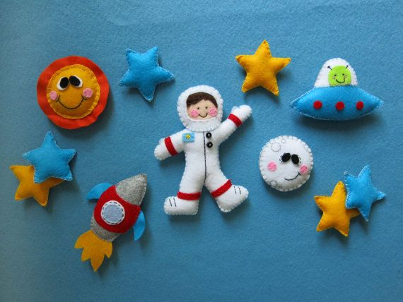 """BABY MOBILE """"Adventure in space"""" made with wool felt / astronaut, moon, sun, stars, spaceship and UFO mobile for baby's crib or nursery by Lilo Limon  www.lilolimon.com Instagram @ lilolimon  Móvil para bebé hecho a mano de fieltro con Astronauta y planetas"""