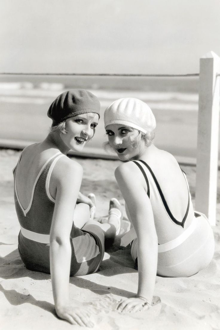 Diane Ellis and Carole Lombard, 1920. I wish I looked this glamorous at the beach.