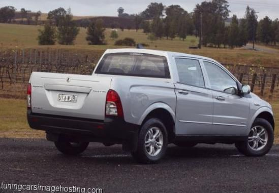 Actyon Sports SsangYong specs - http://autotras.com