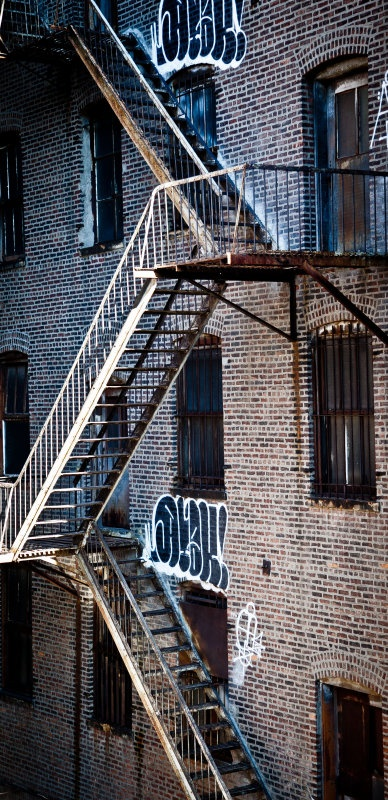 Ny - MY WIFE AND I AND MANY MORE CAME DOWN ONE OF THESE STAIRWAYS  AT 2AM ONE MORNING  -