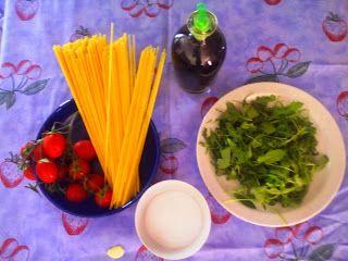 Delizie alla cannella: Spaghetti con pomodorini e rucola