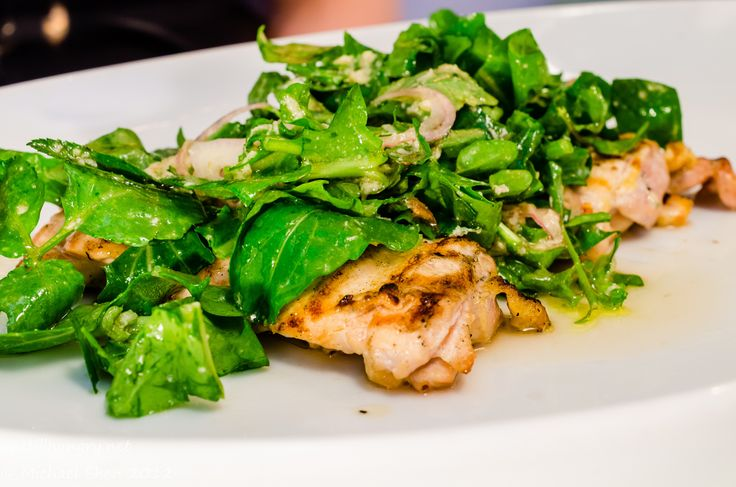 Icebergs - Free Range Chicken Paillarde, Rocket, Shallots, Watercress, Horseradish, Chilli, Lemon  #imstillhungry #sydneyfood