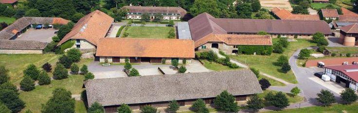 Die Jagdschule Linslerhof befindet sich in Überherrn und bietet verschiedene Jagd- und Fischereiausbildungen an.