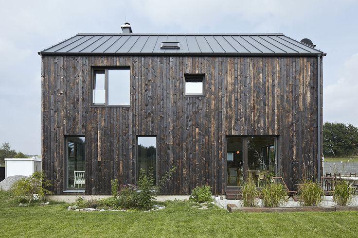 The House Carbon by Mjölk architects  Photographers: Jakub Skokan, Martin Tůma
