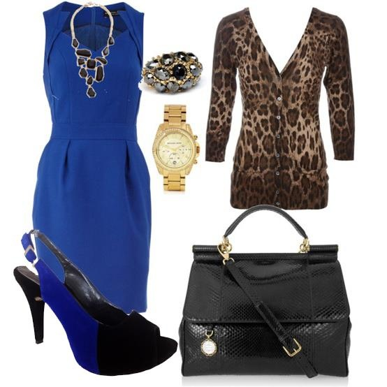 !encantador este vestido azul rey excelente para salir !
