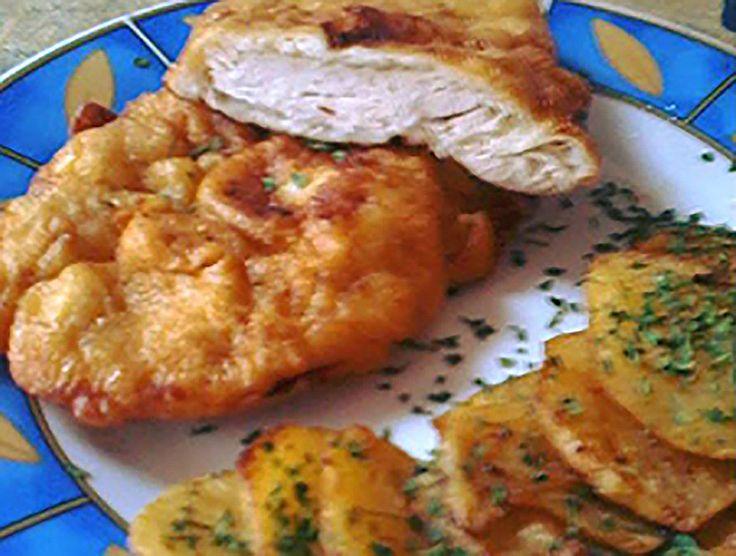 Egy finom Tejszínes bundában sült csirkeszelet ebédre vagy vacsorára? Tejszínes bundában sült csirkeszelet Receptek a Mindmegette.hu Recept gyűjteményében!