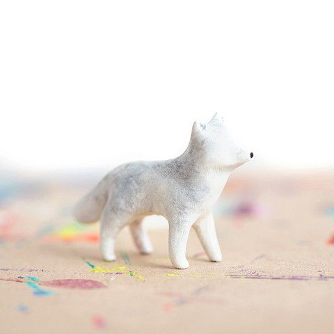 Le Insulated Arctic Wolf Totem | leanimale