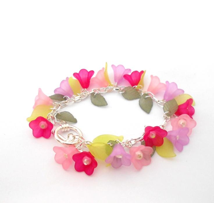 Pretty Lucite bracelet