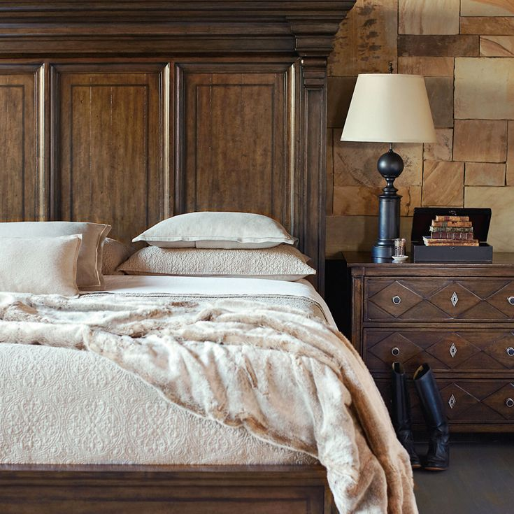 Bernhardt. Huntington Panel Bed Detail