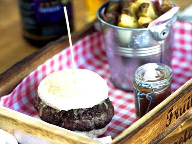Head Chef, popular Cafe, Cumbria, £25,000! - Caterer.com