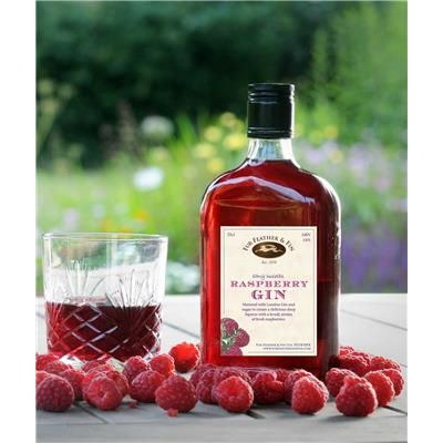 Fur Feather and Fin raspberry gin – the perfect alcoholic gift for a shooting…
