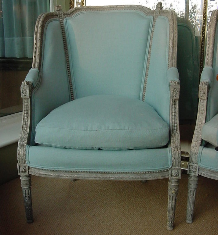 Best 25 Turquoise Couch Ideas On Pinterest: Queen Anne Furniture, Queen Anne And Chair Backs