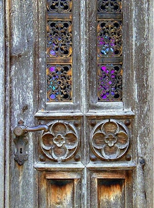 : Weather Wood, Rustic Looks, Front Doors, Old Wood, Beautiful Doors, Old Doors, Glasses Doors, Beautiful Portal, Stained Glasses