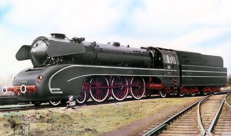 BR-10, la ùltima locomotora de vapor alemana.