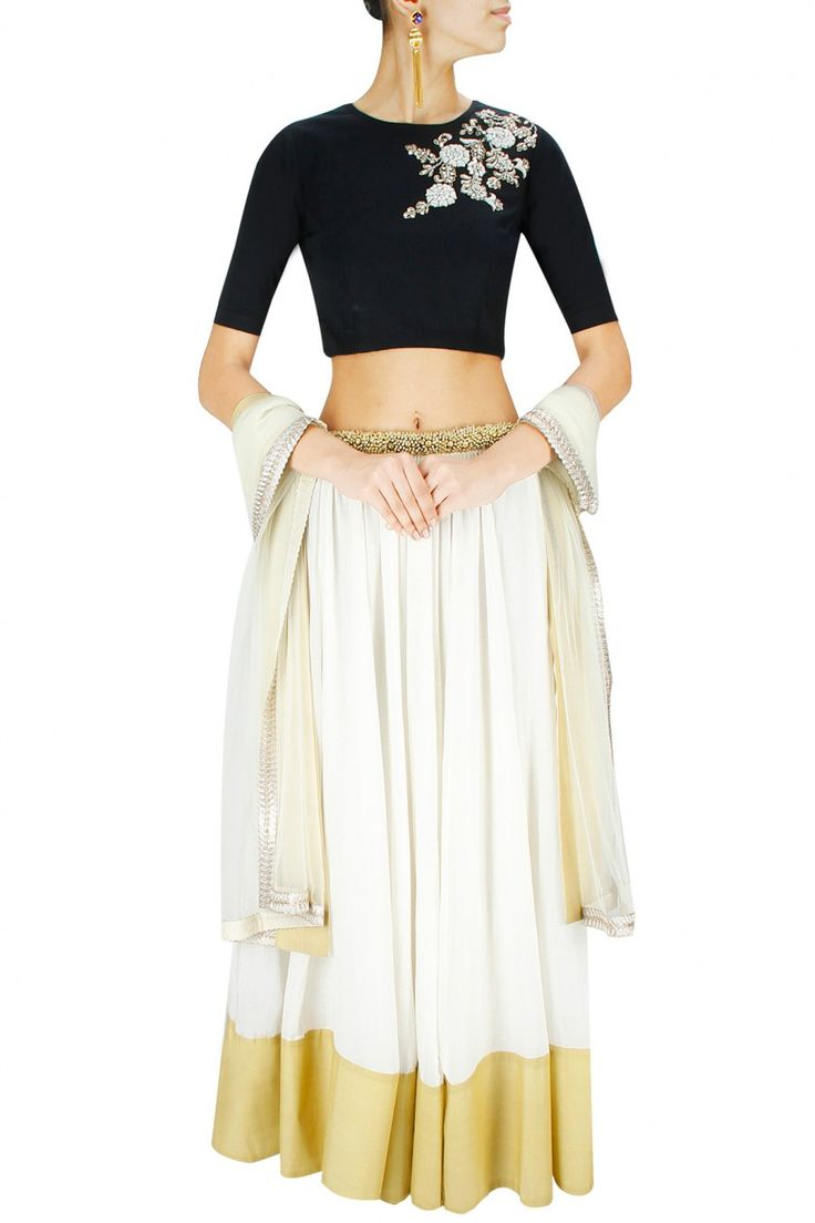 Black and off white dabka embroidered lehenga set available only at Pernia's Pop-Up Shop.