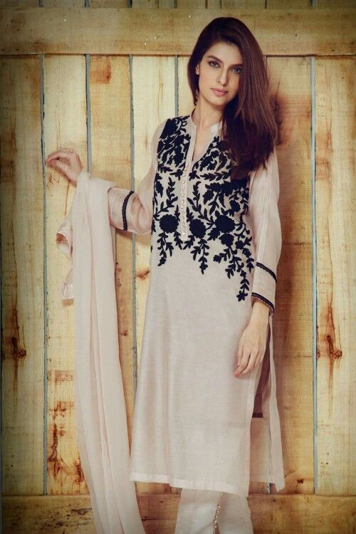 Pakistan fashion 2016 aghanoor