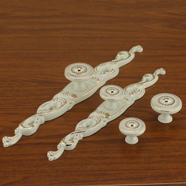 Shabby Chic Dresser Knob Pull Drawer Pulls Handles Knobs White Gold Kitchen Cabinet Door Knobs Handles Back Plate Ornate Decorative Hardware