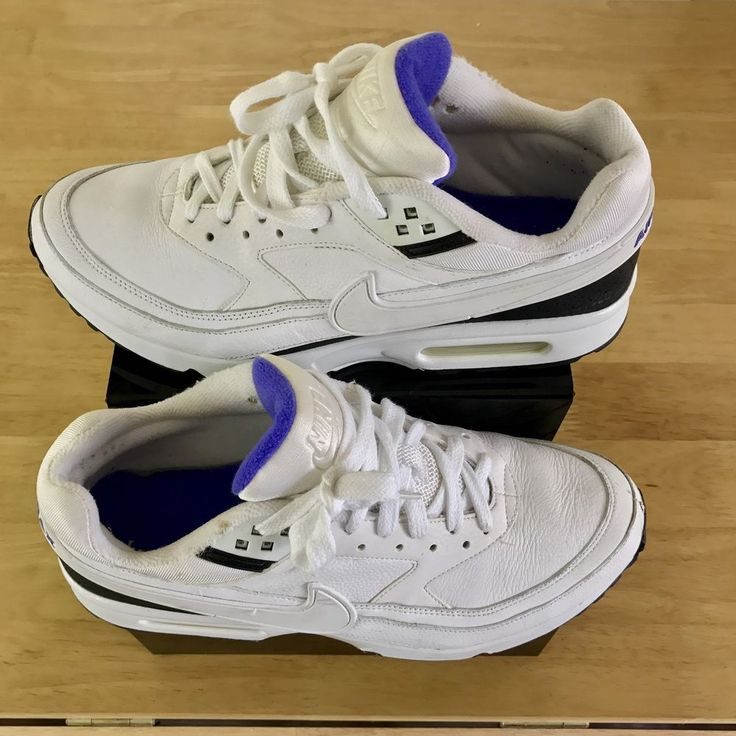 Nike Air CLASSIC Max Trainers White black Persians with violet inside & writing