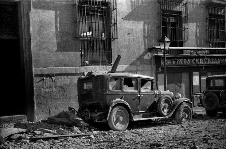 Calle de Leganitos tras los bombardeos, Madrid, 1936