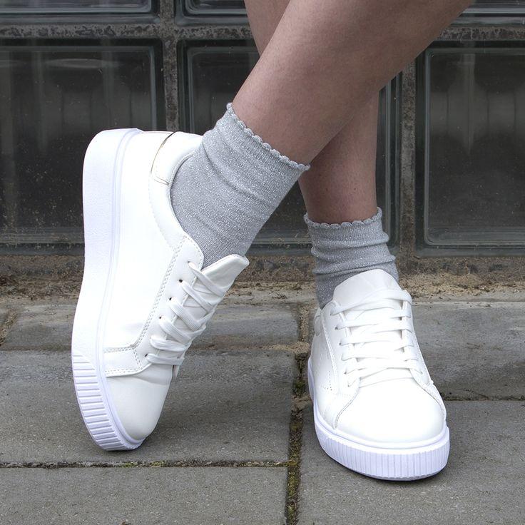 Glitter socks ✨ #gutsgusto #glitter #socks #glittersocks #fashion #accessoires #store #look #lookbook #style