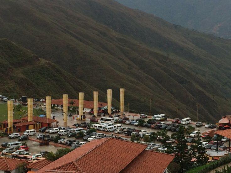 Entrada al Parque Nacional del Chicamocha, cada columna representa las provincias de Santander  Chicamocha by Ricardo Avila on 500px