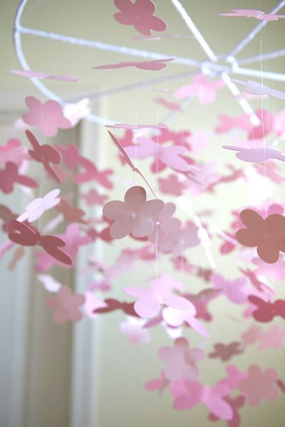 Lovely flower mobile #pinparty
