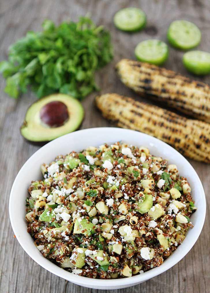 Ensalada de quinoa, maíz asado, poblano y aguacate.. :P