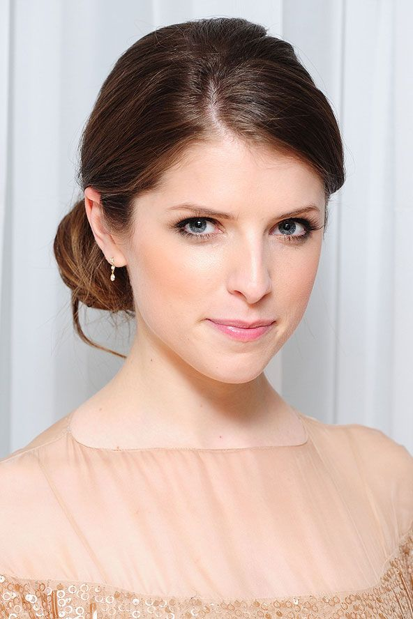 anna kendrick   Anna Kendrick's chic brunette up-do - celebrity hair and hairstyles ...