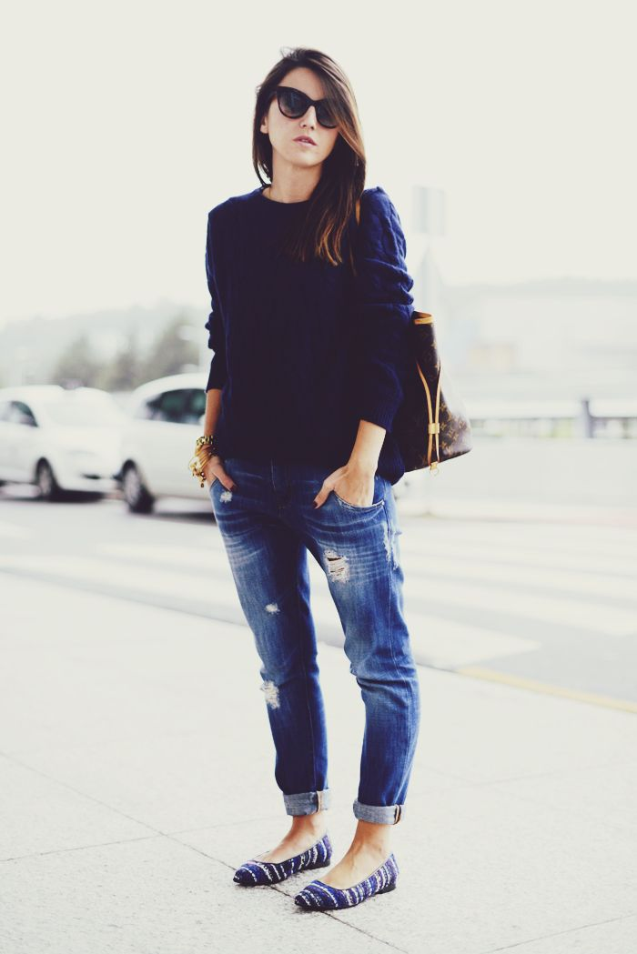 flats: Lovely Pepa x Krack bag: Louis Vuitton Neverfull sweater: Forever 21 jeans: Zara sunglasses: Marc by Marc Jacobs