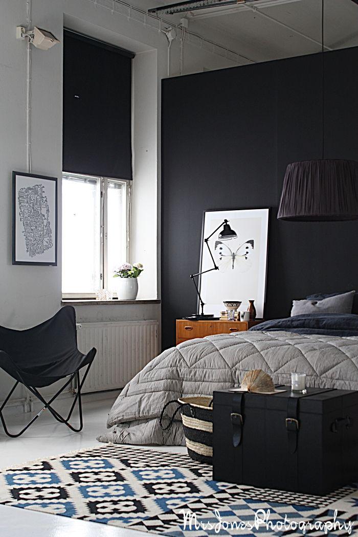 Greyscale bedroom. Yes please.