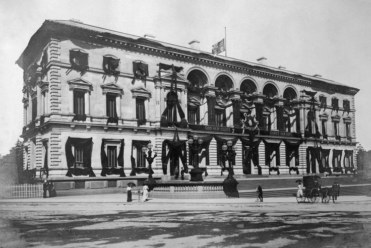 Treasury Building in mourning after the death of Queen Victoria in 1901. Image Source: State Library of Victoria.