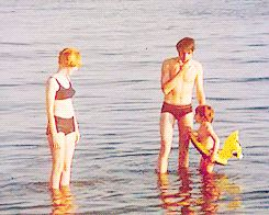 Jane Asher, Paul McCartney & Julian Lennon in Greece