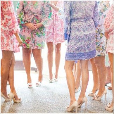 Floral print robes for the bridal party from Plum Pretty Sugar