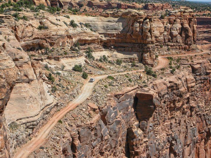 White Rim Trail - No guardrails - John Johnson