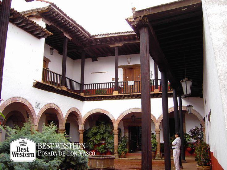 EL MEJOR HOTEL DE PÁTZCUARO. La cantera rosa, es un elemento característico de la arquitectura de Pátzcuaro. Le invitamos a conocer los edificios de los alrededores del pueblo, los cuales guardan un gran legado histórico y religioso. En Best Western Posada de Don Vasco, le aseguramos que al descubrir los conventos e iglesias de la región, quedará maravillado con estas joyas arquitectónicas. #bestwesternenpatzcuaro