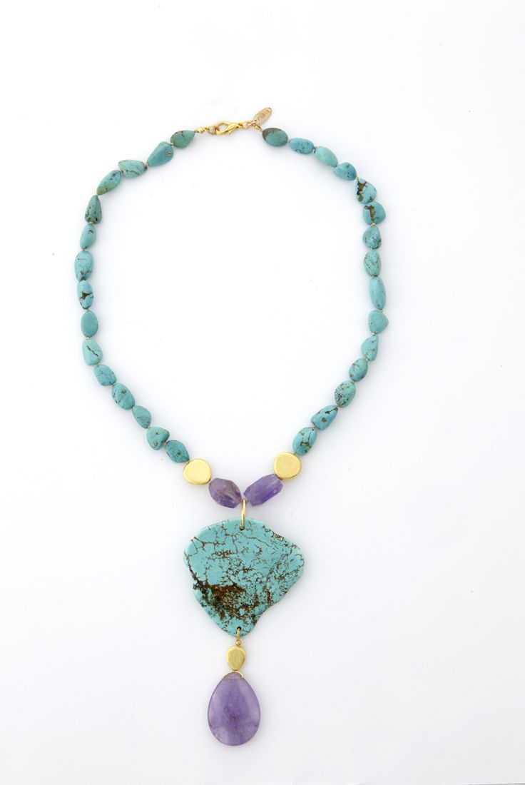 Necklace with turquise stones and amethyst