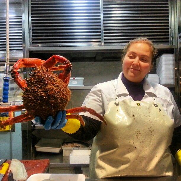 #Fresh and #gorgeous #spidercrab at #PlazaDeAbastos #market in #SantiagoDeCompostela.  Fancy a taste?