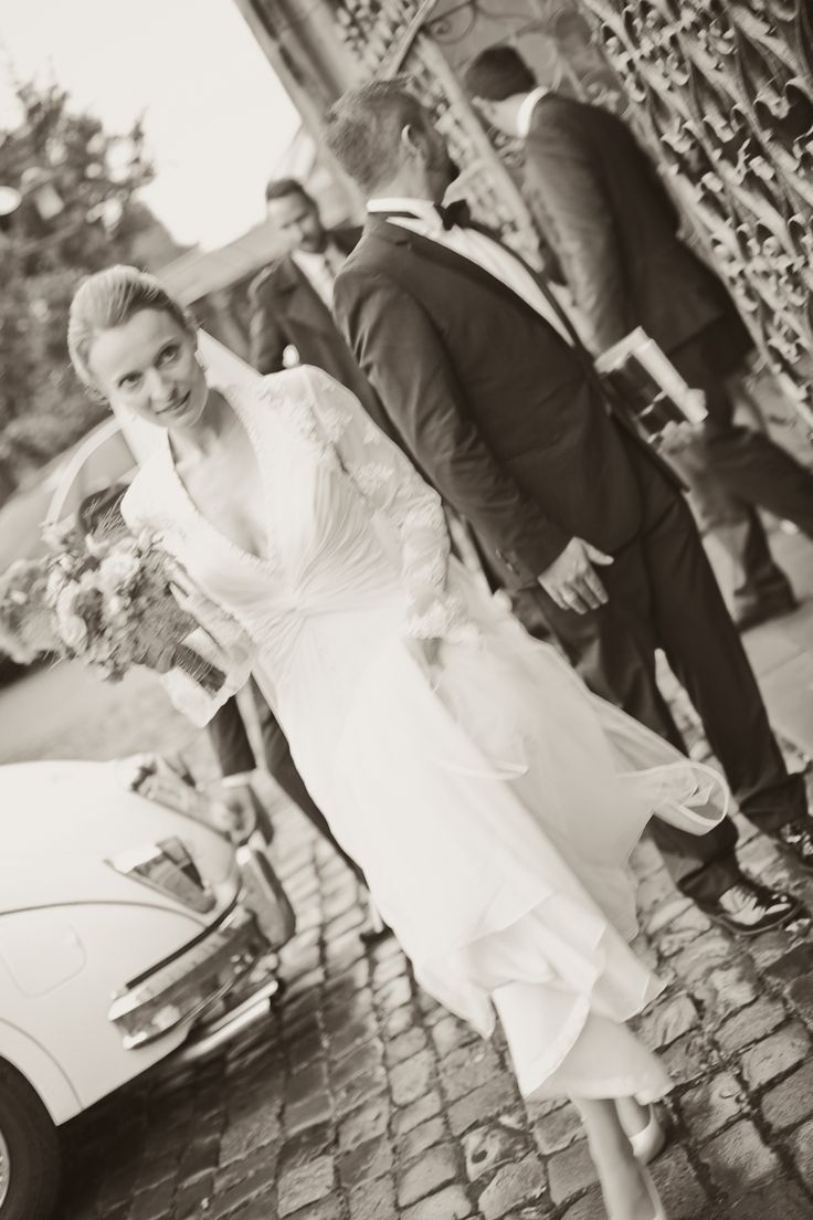 by JenzFlare People- & Hochzeitsfotograf Saarbrücken, Germany #wedding #bride #veil #dress #tuxedo #witness  #ring #marriage
